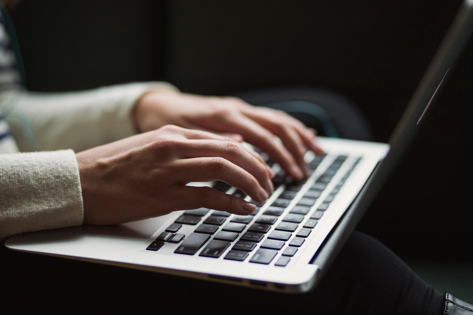 Cara Menulis Artikel dengan Baik dan Menarik